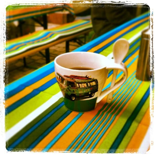 Erste Male: Auf einer Grillparty heißen Tee zu bevorzugen ;-) *bibber*