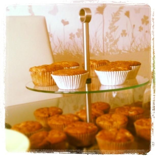 Die Sckoko-Apfel-Muffins warten auf Babykeks & seine kleinen Freunde