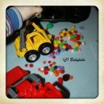 """Spielend lernen #1 ~ """"Farben baggern"""""""