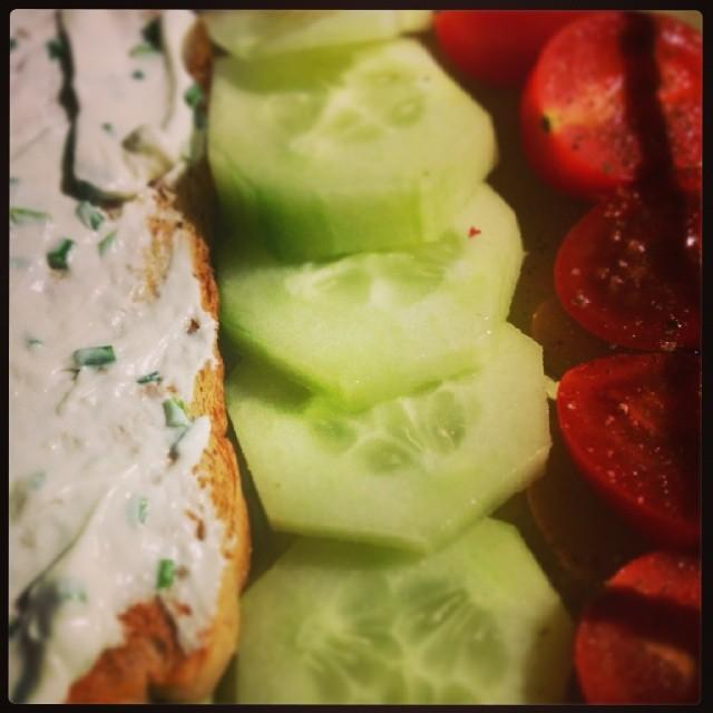 Ich liebe meine Schwangerschaft- Snacks nach dem Abendessen ;)
