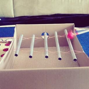 Die selbstgebaute Tolla-Xylophon-Box begeistert gerade #Babykeks & seinen Besuch