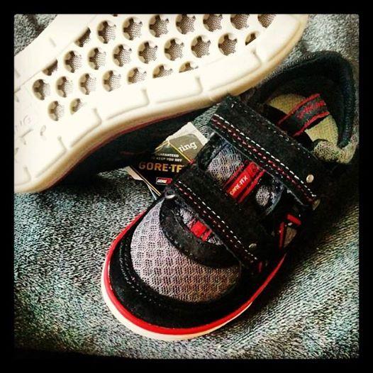 Juhu sie sind da! Babykeks' neue Schuhe - ich werde berichten